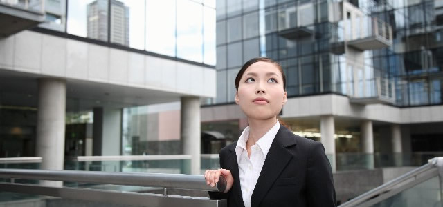 woman_business2